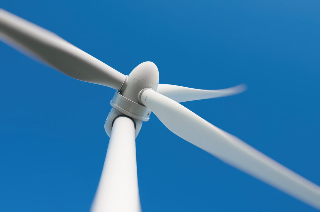 Recycled composites from wind turbine blades used for cement co-processing